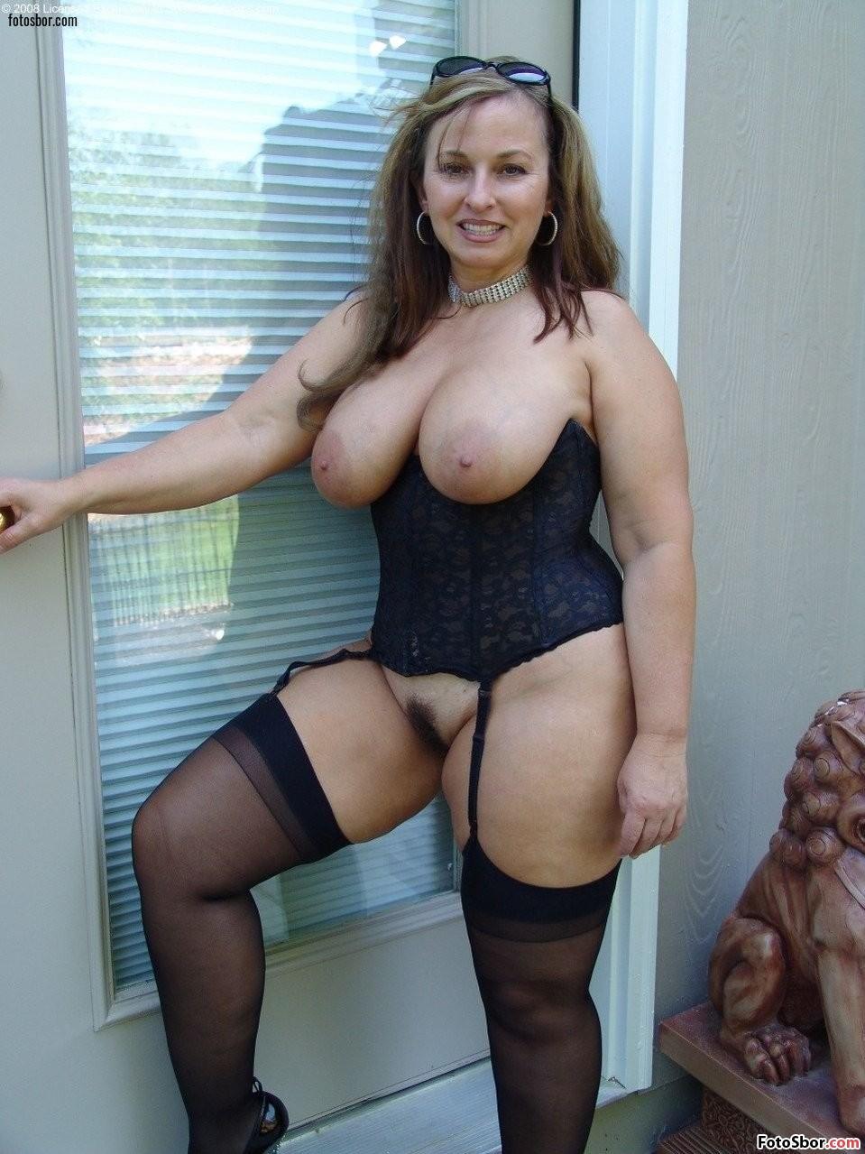 Curvy naked mom pics